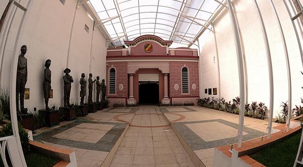 Câmara de Caruaru retoma atividades parlamentares nesta terça (04)