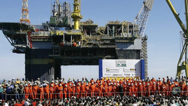 Petroleiros iniciam greve de três dias nesta quarta (30)