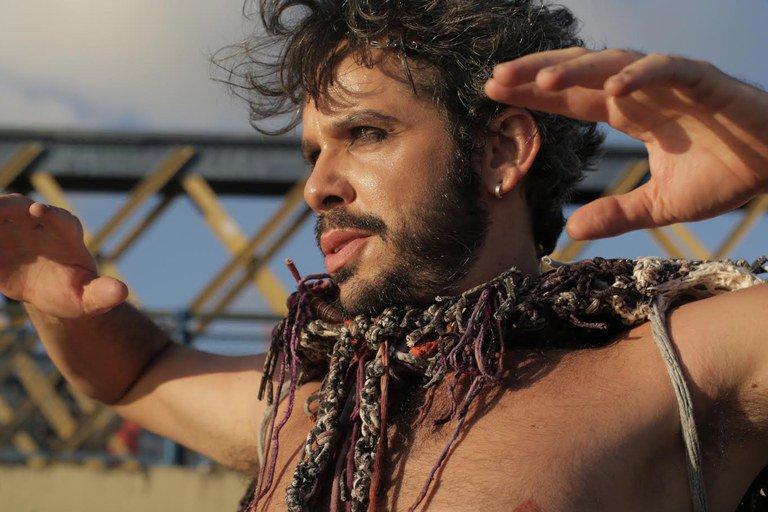 Cantor Almério é indicado em duas categorias no Prêmio da Música Brasileira 2018