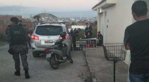 Polícia Civil descobre que ex-esposa encomendou morte de advogado em Caruaru